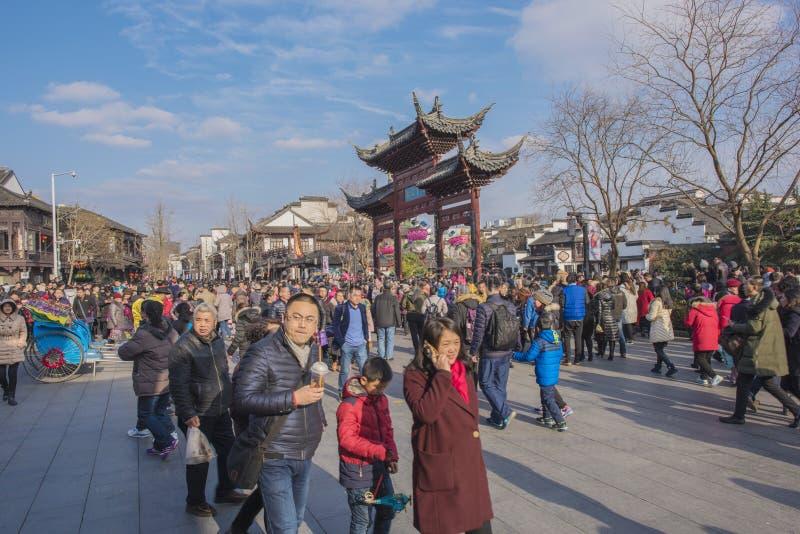 Templo lunar chino de Nanjing Confucio del Año Nuevo de turistas fotos de archivo