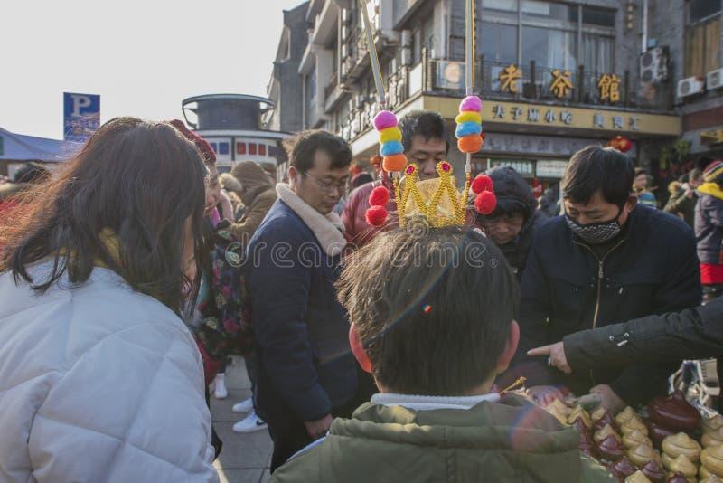 Templo lunar chino de Nanjing Confucio del Año Nuevo de turistas imagen de archivo