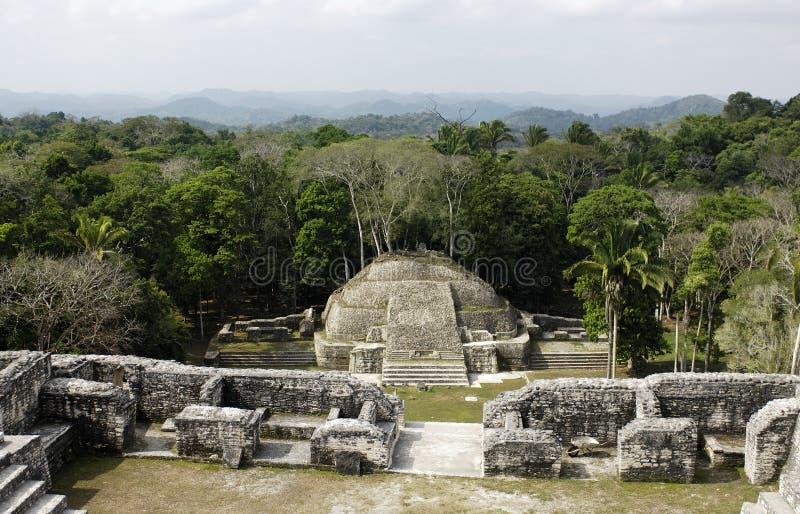 Templo maya imagenes de archivo