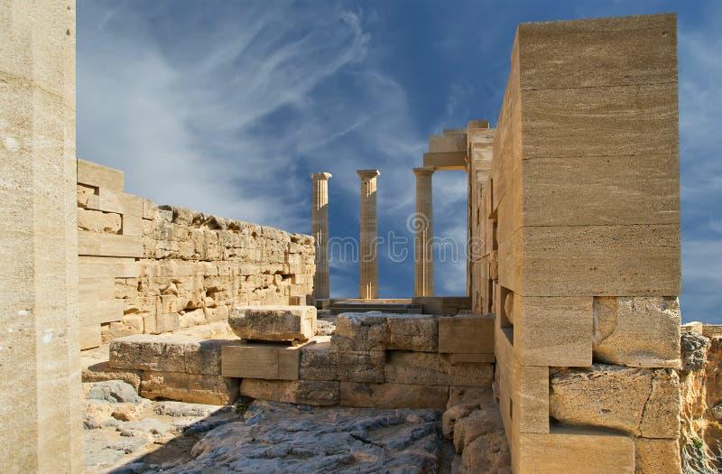 Templo parcialmente reconstruído de Athena Lindia imagem de stock