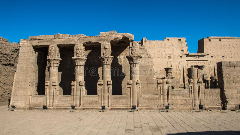 Templo Ptolemaic de Horus, Edfu, Egito fotografia de stock royalty free