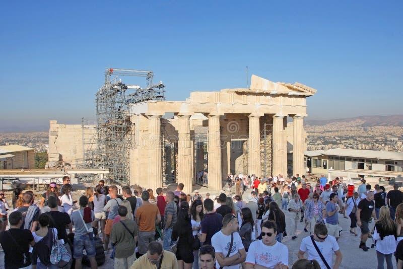 Templo sightseeing dos turistas de Athena Nike imagem de stock