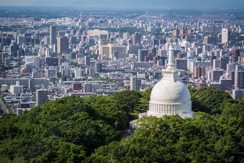 Templo sobre Sapporo imagem de stock royalty free