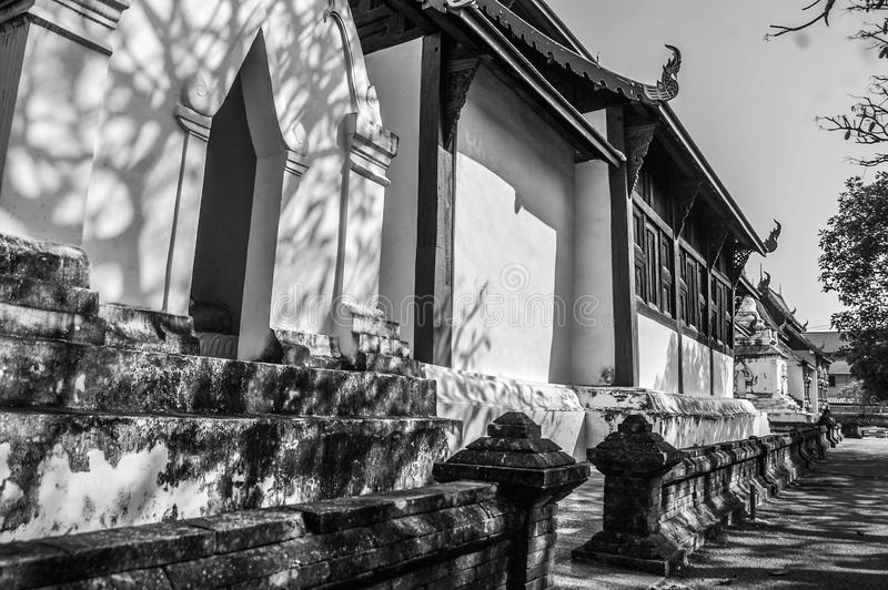 Templo Tailândia da sombra fotografia de stock royalty free