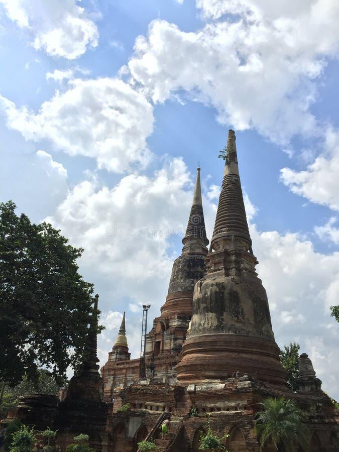 Templo tailandés en ayutthaya imagenes de archivo