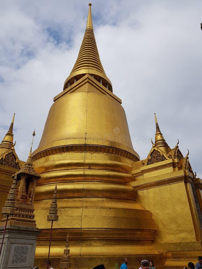 Templo tailandês em Banguecoque fotografia de stock royalty free
