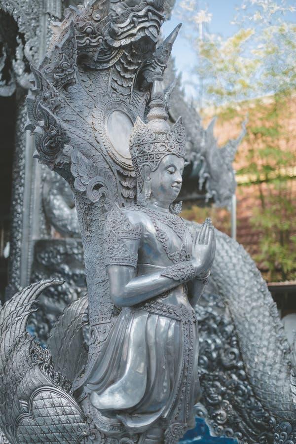 Templo Tailandês O famoso templo mármore chiangmai Tailândia Arte Tailandesa foto de stock