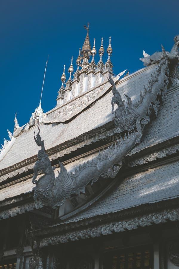 Templo Tailandês O famoso templo mármore chiangmai Tailândia Arte Tailandesa imagem de stock royalty free
