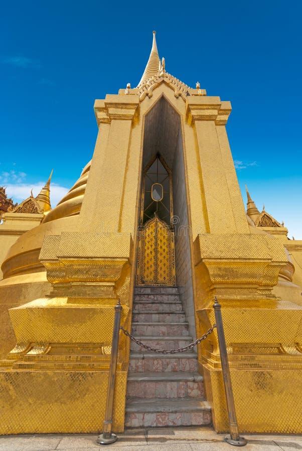 Templo tailandês Phra Sri Ratana, Banguecoque imagem de stock