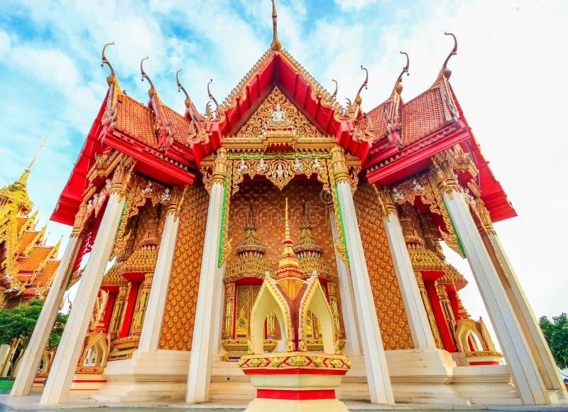Templo tailandês, Wat Tham Suea, Kanchanaburi, Tailândia fotografia de stock