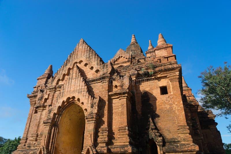 Templo viejo en la ciudad antigua de Bagan, Mandalay, Myanmar fotografía de archivo