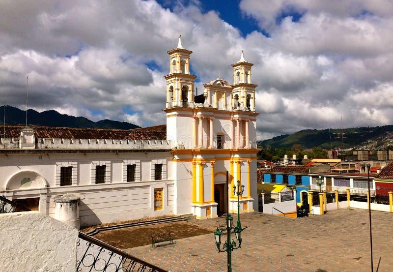 Templo y före detta-convento de la Merced cristobal de-las mexico san för casas arkivfoton