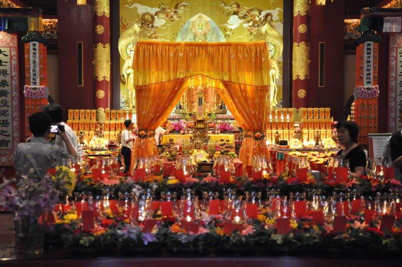Templo y museo de la reliquia del diente de Buda en Singapur fotos de archivo