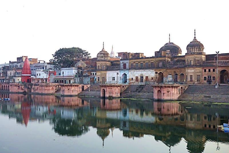 Templos antiguos de la India en el agua foto de archivo libre de regalías