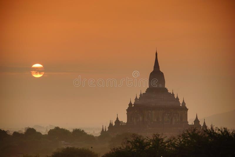 Templos antiguos en Bagan, Myanmar fotografía de archivo