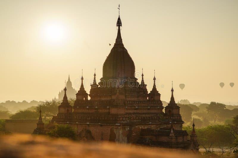 Templos antiguos en Bagan, Myanmar foto de archivo