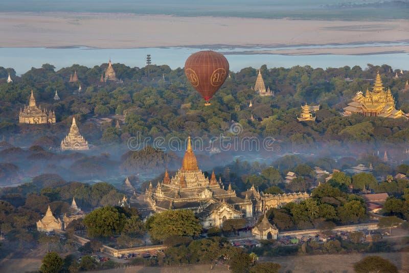 Templos de Bagan - Myanmar (Burma) fotos de stock royalty free