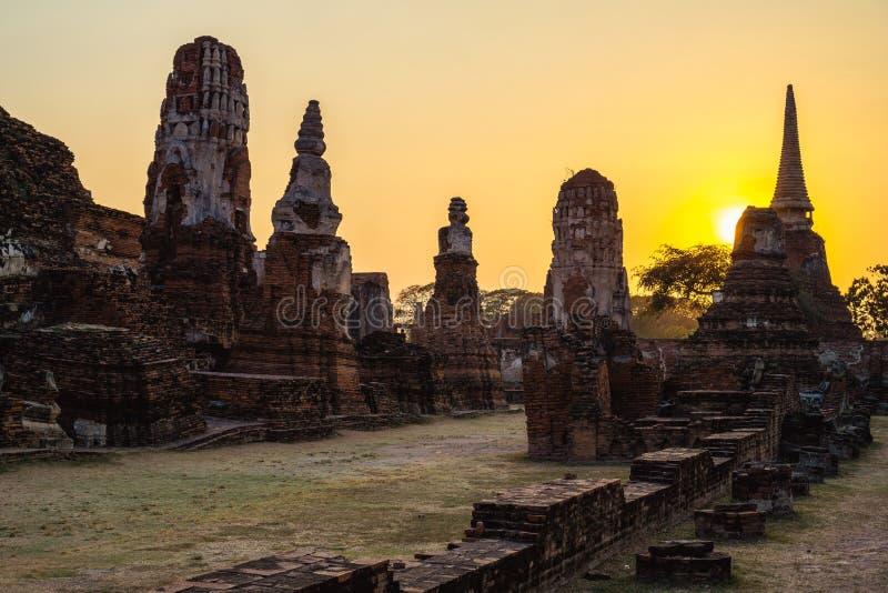 Templos viejos en Ayutthaya, Tailandia fotos de archivo
