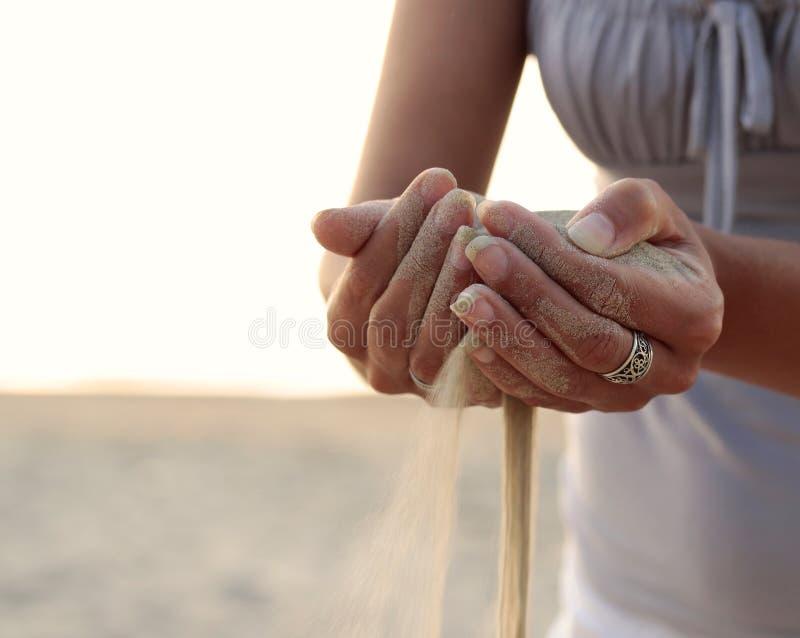 Tempo como a areia. fotos de stock