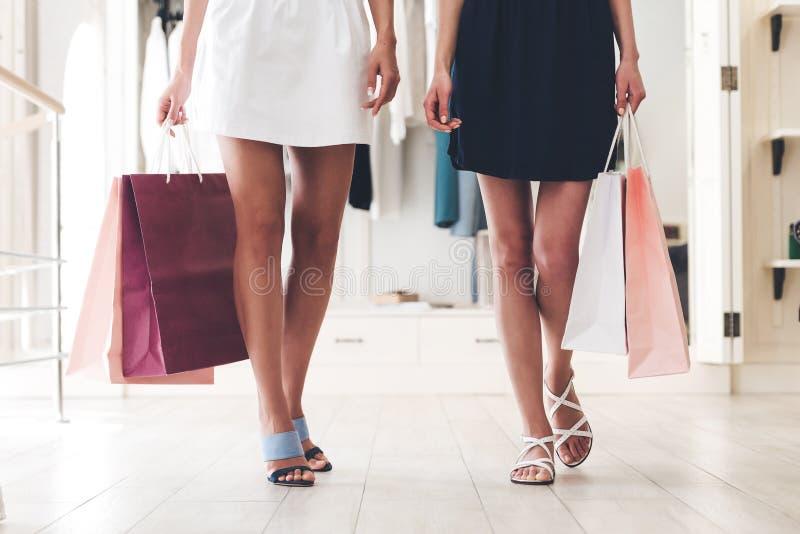 Tempo da compra! imagens de stock