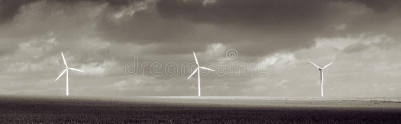 Tempo da tempestade da turbina de vento fotos de stock