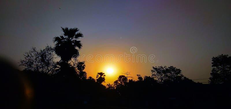 Tempo de manhã de aumentação de Sun fotos de stock