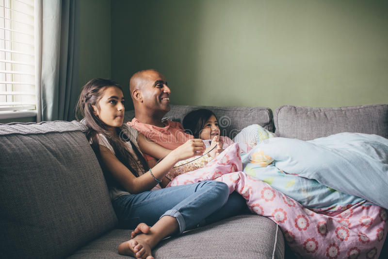 Tempo del film per la famiglia immagini stock libere da diritti