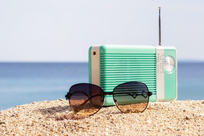 Tempo del partito sulla spiaggia fotografia stock