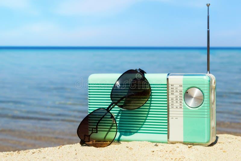 Tempo del partito sulla spiaggia fotografie stock