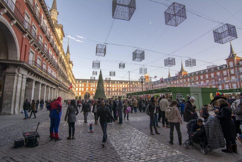 Tempo di Natale del mercato del quadrato principale a Madrid, Spagna fotografia stock