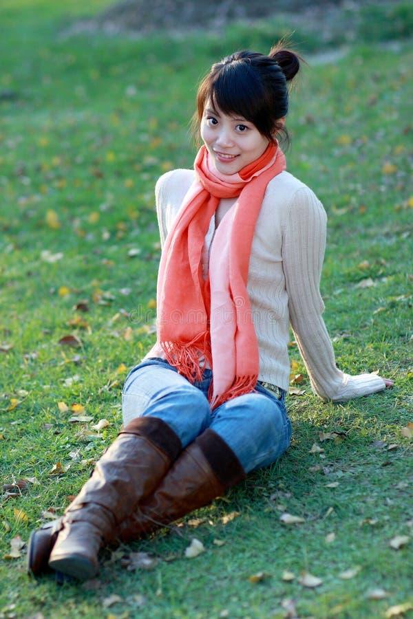 Download Tempo libero di autunno fotografia stock. Immagine di erba - 7320798