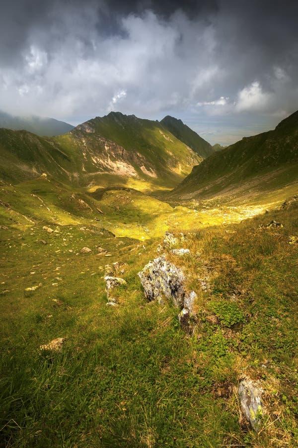 Tempo in montagne di Fagaras, Romania immagini stock libere da diritti