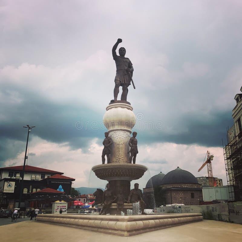 Tempo nuvoloso nella città fotografia stock libera da diritti