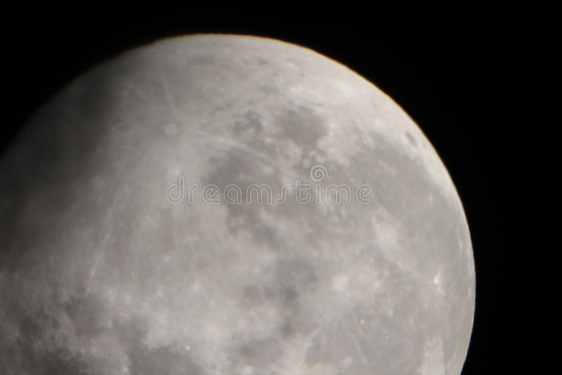 Tempo real tomado da lua o 30 de maio de 2018 fotos de stock