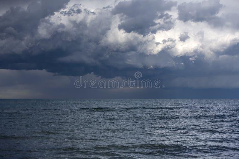 Temporal sobre o mar fotografia de stock