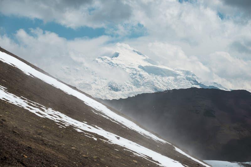 Temps changeant dans les Andes photo stock