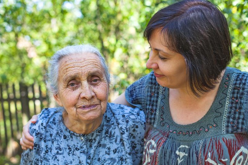 Temps de Familiy - vieillissant photo stock