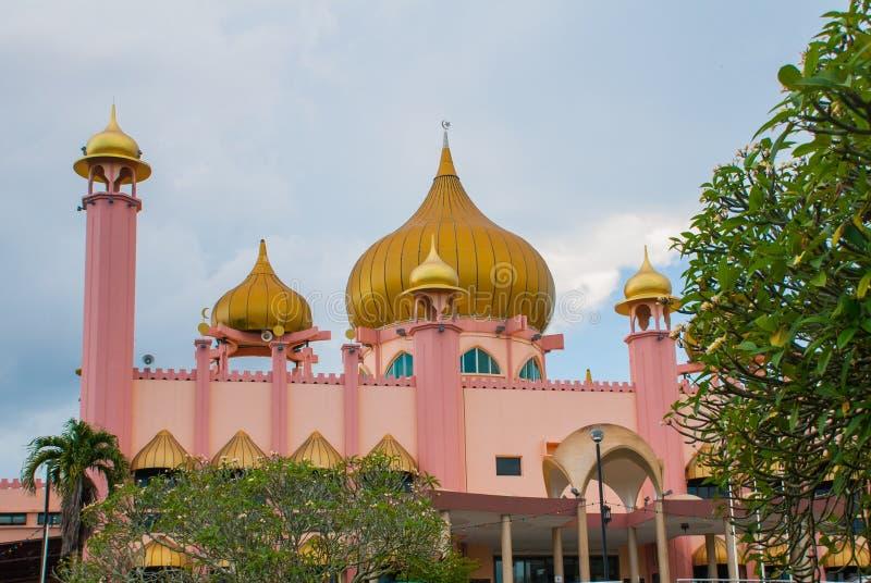Temps de jour de Mosqueat de ville de Kuching, Sarawak, Malaisie Masjid Bahagian photographie stock libre de droits