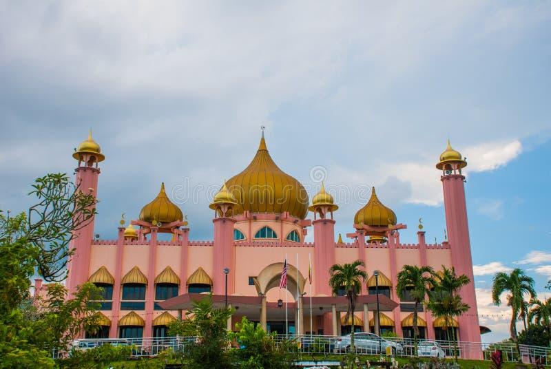 Temps de jour de Mosqueat de ville de Kuching, Sarawak, Malaisie Masjid Bahagian image stock