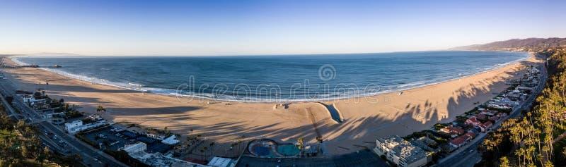 Temps de lever de soleil en plage de Santa Monica, Los Angeles, la Californie Les Etats-Unis, la visite du Colorado, de Cortez, d image libre de droits