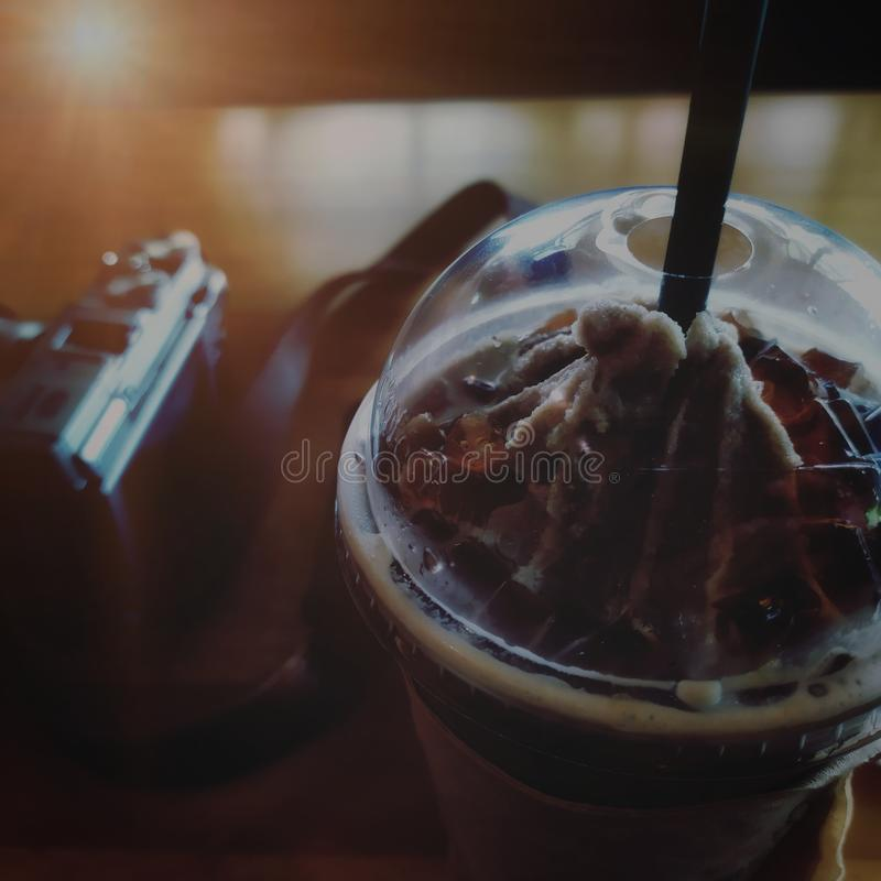 Temps, Smoothies et milk-shake de café d'après-midi avec la gelée sur le dessus image stock