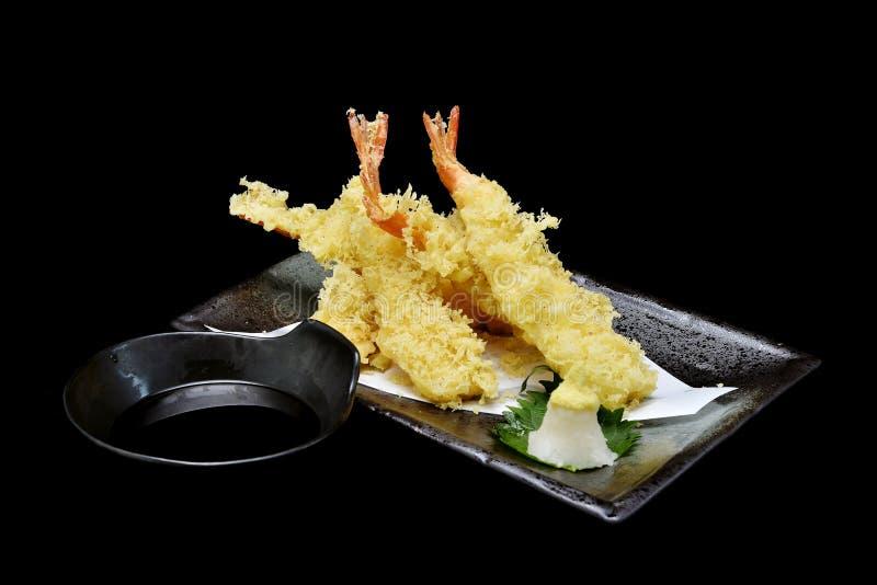 Tempura ou culinária japonesa camarões fritados imagens de stock royalty free