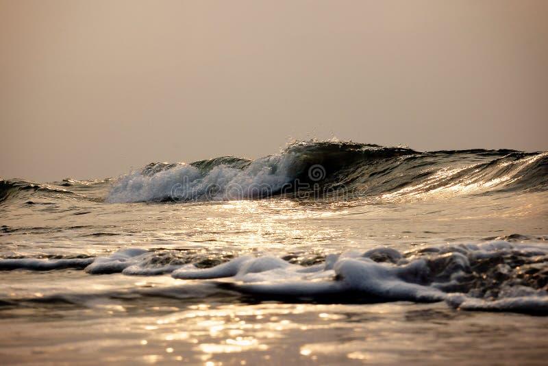 Tempurung Seaside Ocean Waves royalty free stock photo
