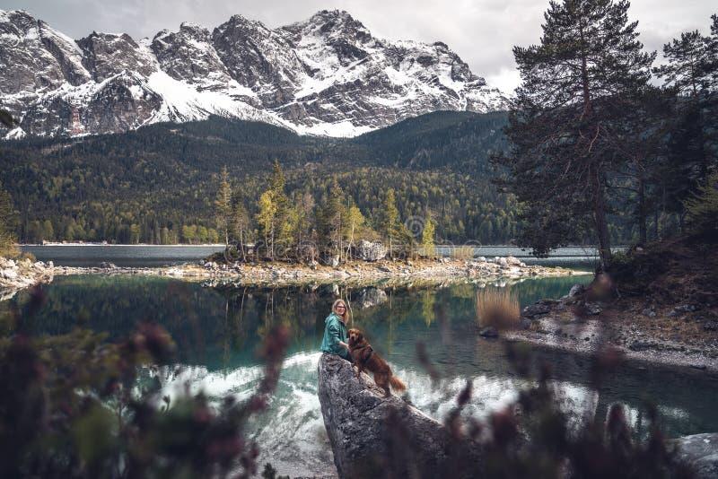 Ten widok wierzcho?ek Niemcy - Zugspitze zdjęcie stock