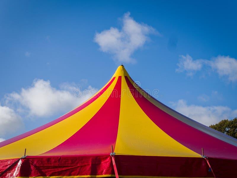 Tenda della tenda foranea del circo immagini stock