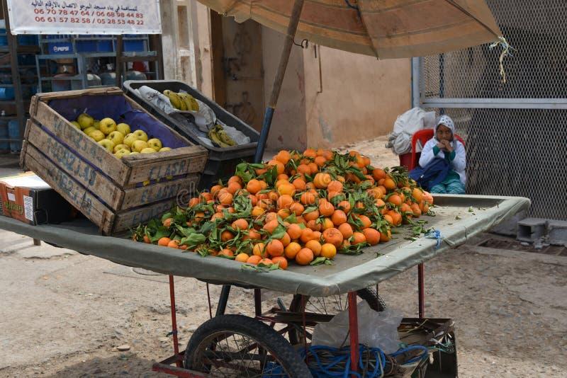 Tenda do fruto em C4marraquexe, Marrocos, África fotos de stock royalty free