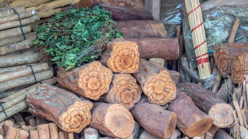 Tenda do produto da borda da estrada em Laos foto de stock royalty free