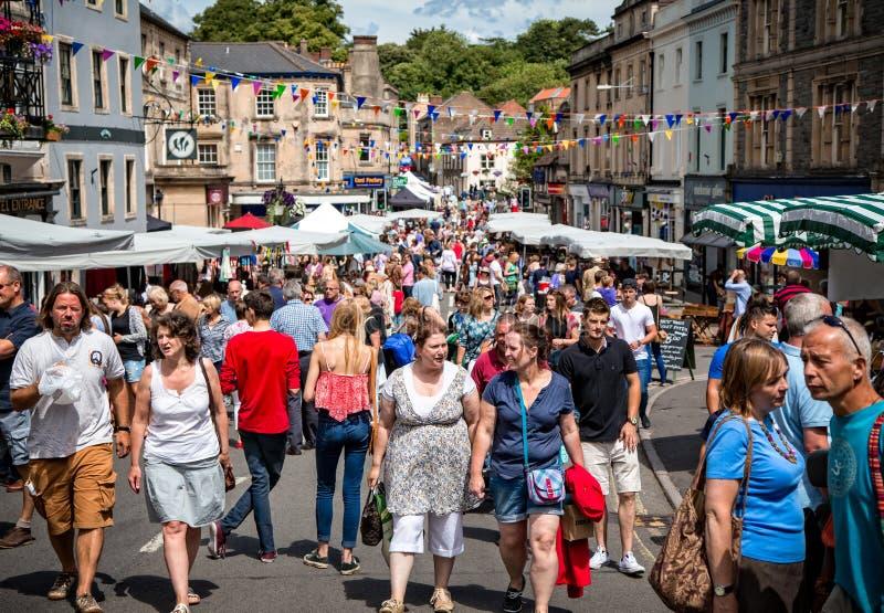 Tendas do mercado de Frome domingo em Market Place fotografia de stock royalty free