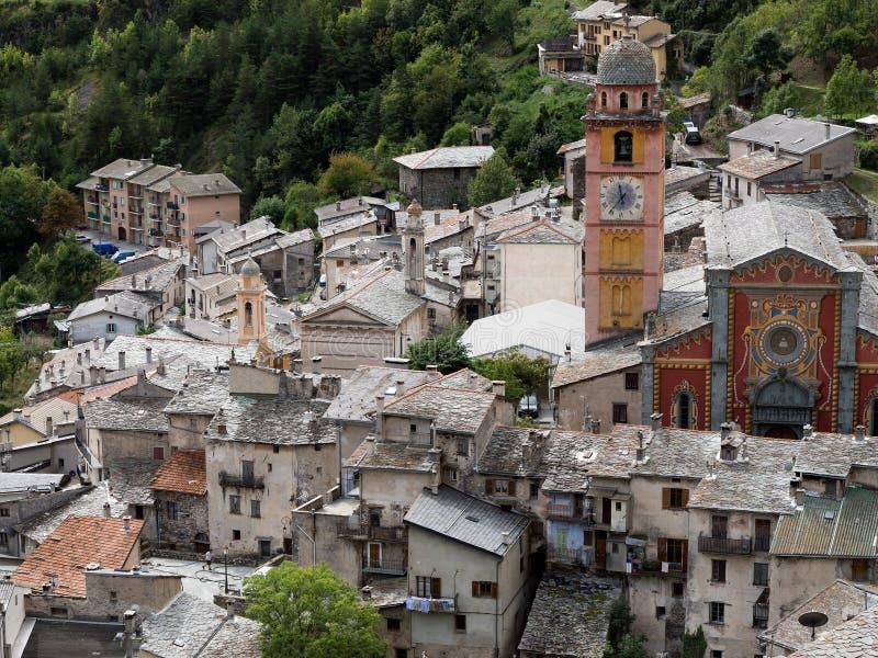Tende, Provence, França - a cidade e a igreja velhas fotografia de stock royalty free