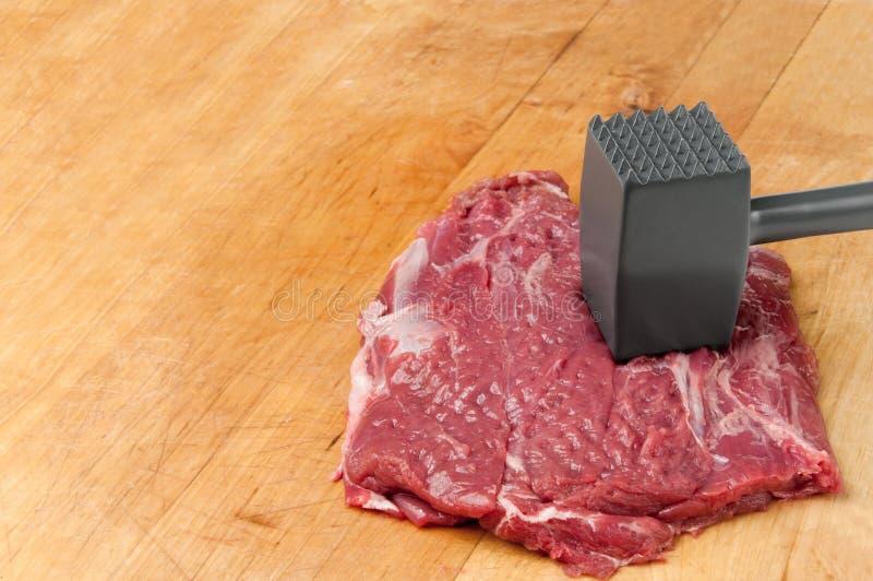 tenderizing för meat royaltyfria foton